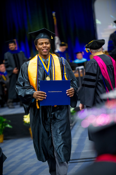 14578-event-Graduation Fall 2014-9435