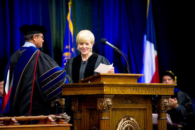 14578-event-Graduation Fall 2014-9219