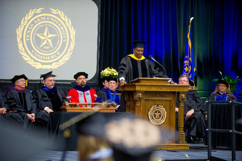 14578-event-Graduation Fall 2014-9526