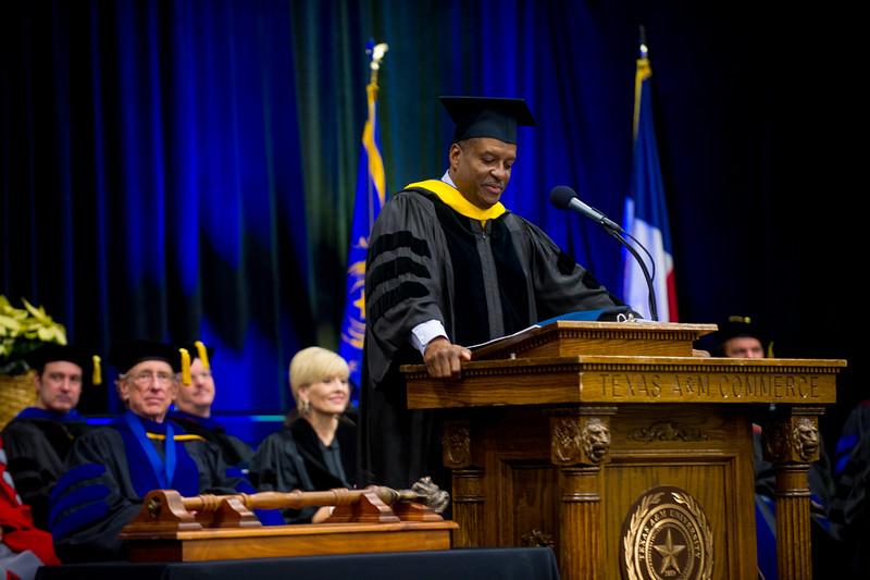 14578-event-Graduation Fall 2014-9524