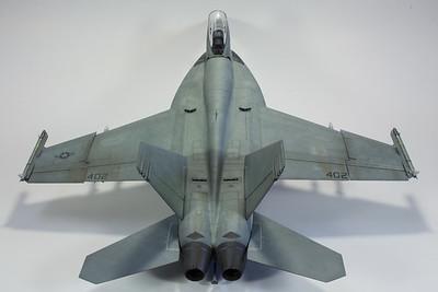 Revell F/A-18E VFA-147