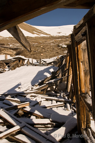 Pictures from the abandoned mining camp on the way up to the summit.