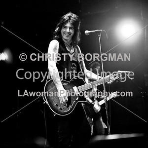 Phil Lewis, LA Guns