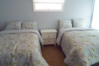 3rd Bedroom with 2 Full Size Beds