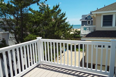 VIEW FROM BACK DECK OFF MASTER