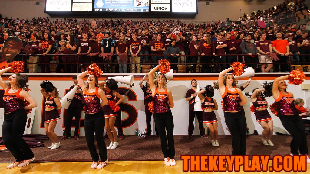 The Virginia Tech High Techs perform along the baseline before tipoff. (Mark Umansky/TheKeyPlay.com)