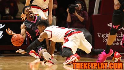 Jalen Hudson fights Louisville's Trey Lewish for a loose ball. (Mark Umansky/TheKeyPlay.com)