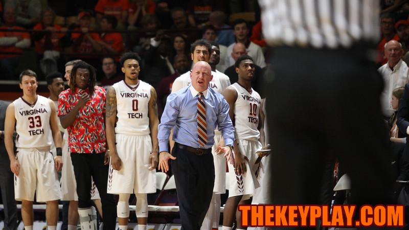 Buzz Williams disagrees with a foul call against the Hokies in the first half. (Mark Umansky/TheKeyPlay.com)
