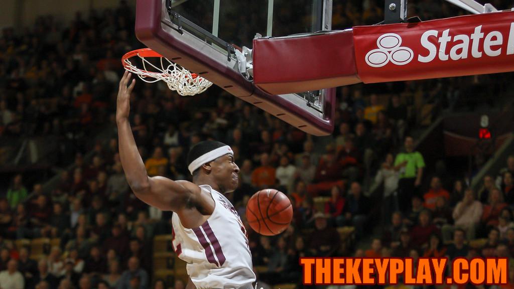 Zach Leday slams down a dunk on a breakaway in the first half. (Mark Umansky/TheKeyPlay.com)