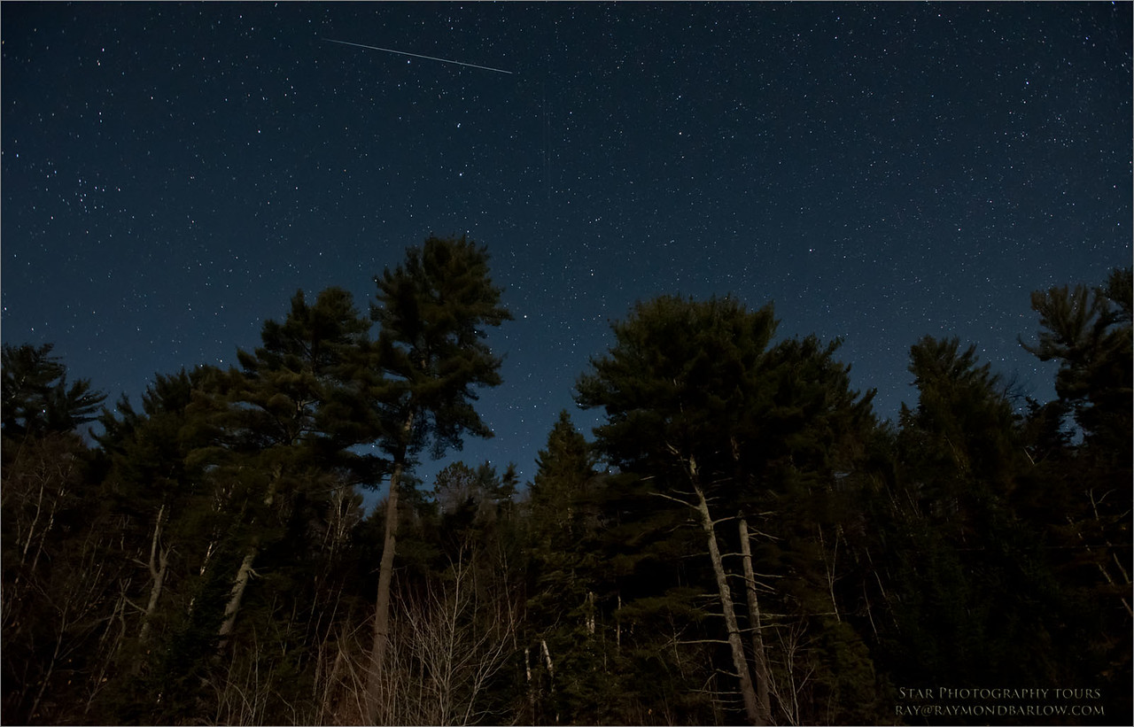 Algonquin Stars<br /> Raymond's Ontario Nature Photography Tours<br /> <br /> ray@raymondbarlow.com<br /> Nikon D810 ,Nikkor 17-35mm f/2.8D ED-IF AF-S<br /> 30s f/5.0 at 17.0mm iso4000