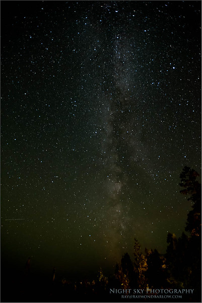 Tobermory Night Sky - Milky-way<br /> Raymond's Ontario Nature Photography Tours<br /> <br /> ray@raymondbarlow.com<br /> Nikon D810 ,Nikkor 17-35mm f/2.8D ED-IF AF-S<br /> 20s f/2.8 at 17.0mm iso3200