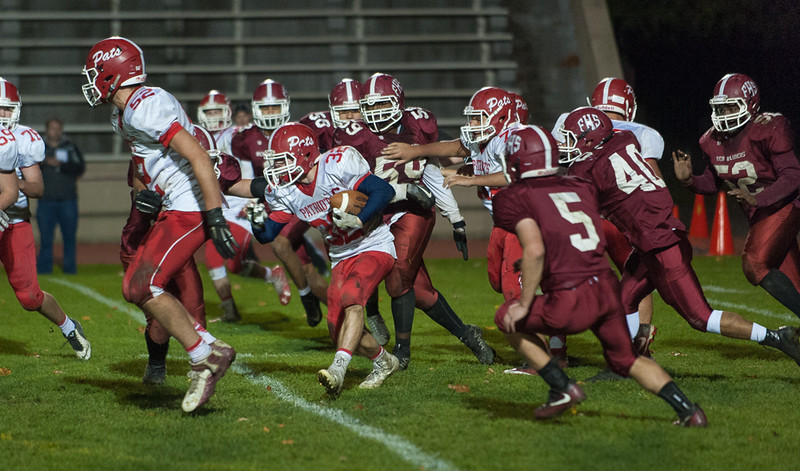 North MIddlesex RB Jake Hachey leaves the Fitchburg HS defense beind as he breaks out for another run. SENTINEL&ENTERPRISE/ Jim Marabello