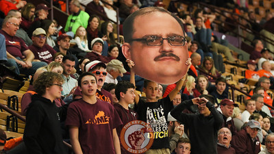 Fans in Cassell hold up a blown up photo of Ken Bone in the stands. (Mark Umansky/TheKeyPlay.com)