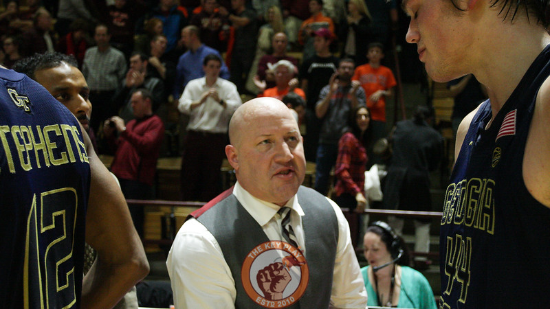 Virginia Tech head coach Buzz Williams shakes hands with Georgia Tech's Ben Lammers after the final buzzer. Virginia Tech defated Georgia Tech 62-61. (Mark Umansky/TheKeyPlay.com)
