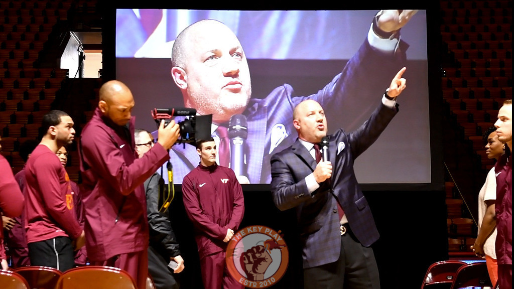 Buzz Williams thanks family members, his staff, players and students prior to the start of the selection show. (Michael Shroyer/TheKeyPlay.com)