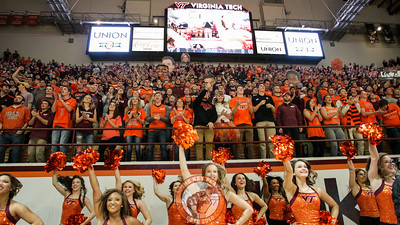 Students and the High Techs jump to Enter Sandman before the game. (Mark Umansky/TheKeyPlay.com)