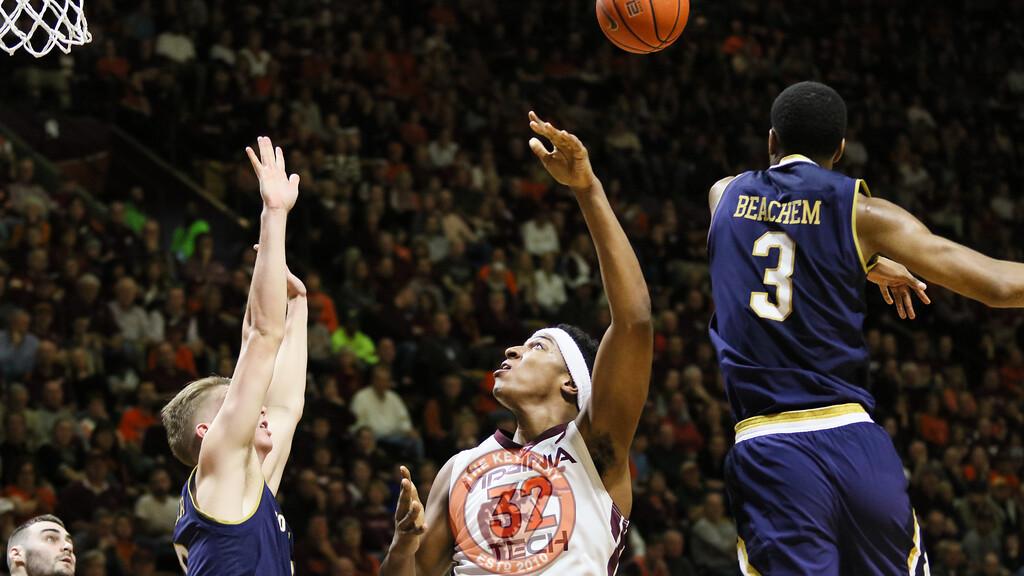 Zach Leday gets a layup swatted away by Notre Dame's V.J. Beachem. (Mark Umansky/TheKeyPlay.com)