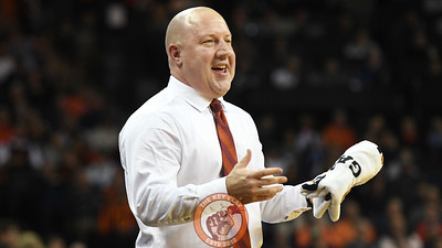 Virginia Tech Hokies head coach Buzz Williams sarcastically reacts to a referee's decision early in the second half. (Michael Shroyer/ TheKeyPlay.com)