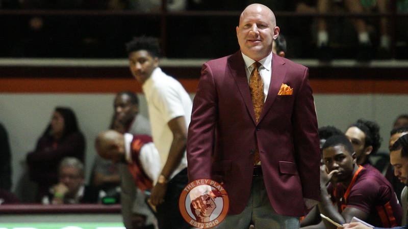 Buzz Williams looks on as the Hokies are on offense. (Mark Umansky/TheKeyPlay.com)