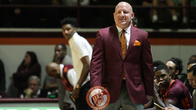 Buzz Williams looks on as the Hokies are on offense. (Mark Umansky/TheKeyPlay.com)