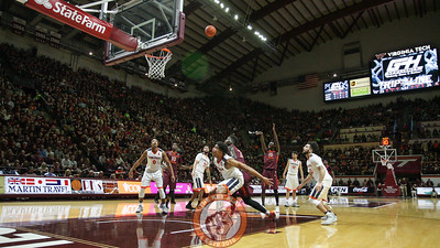 Chris Clarke attempts a free throw in the first half. (Mark Umansky/TheKeyPlay.com)