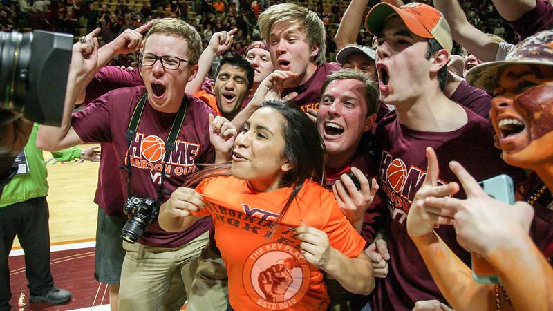 Students mug for an ESPN camera as the broadcast comes to a close. (Mark Umansky/TheKeyPlay.com)