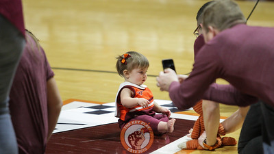 A young Virginia Tech fan participates in a halftime baby race competition. (Mark Umansky/TheKeyPlay.com)