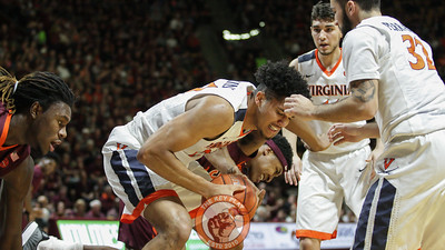 Zach Leday and UVA's Isaiah Wilkins fight for the ball under the UVa basket. (Mark Umansky/TheKeyPlay.com)