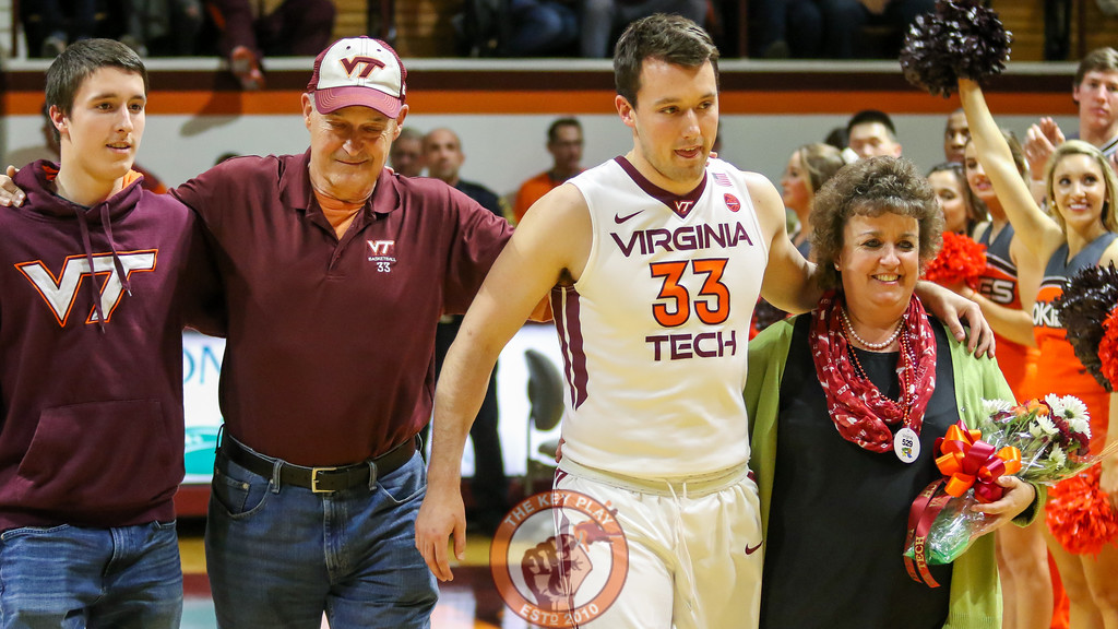 Matt Galloway walks onto the court with his family. (Mark Umansky/TheKeyPlay.com)