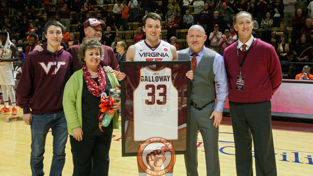 Matt Galloway and his family pose with head coach Buzz Williams and athletic director Whit Babcock. (Mark Umansky/TheKeyPlay.com)