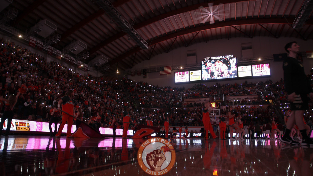 The crowd in Cassell light up with their phones during the starting linup introductions. (Mark Umansky/TheKeyPlay.com)