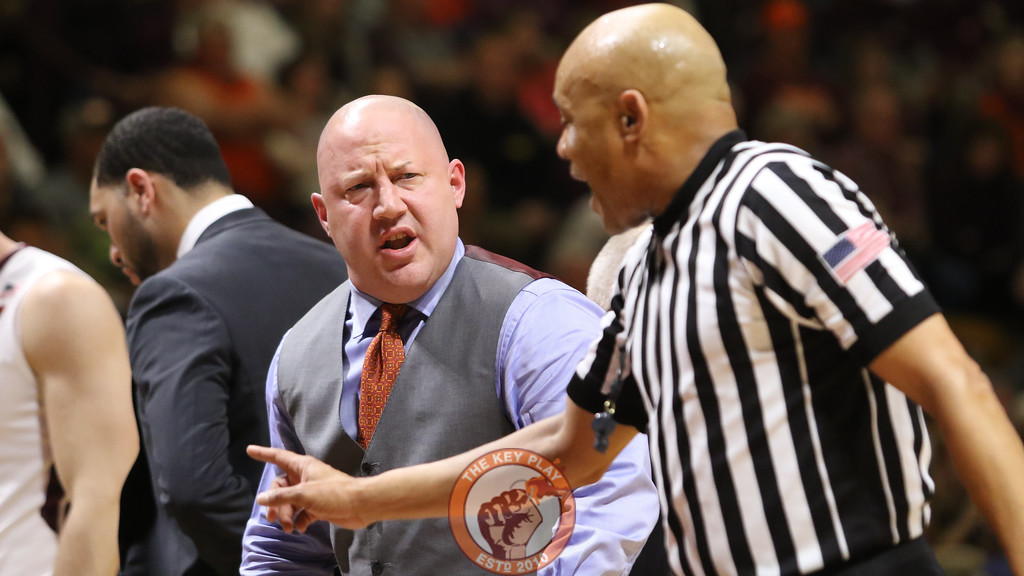 Head coach Buzz Williams is told to go back to his huddle during a timeout. (Mark Umansky/TheKeyPlay.com)