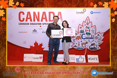 Canadian-Education-Sprint-Fairs-2019-HCMC-instant-print-photobooth-chup-hinh-in-anh-lay-ngay-su-kien-Tiec-cuoi-WefieBox-photobooth-Vietnam-020