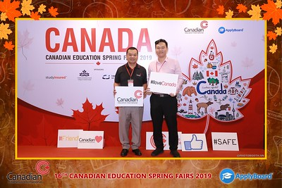 Canadian-Education-Sprint-Fairs-2019-HCMC-instant-print-photobooth-chup-hinh-in-anh-lay-ngay-su-kien-Tiec-cuoi-WefieBox-photobooth-Vietnam-024