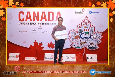 Canadian-Education-Sprint-Fairs-2019-HCMC-instant-print-photobooth-chup-hinh-in-anh-lay-ngay-su-kien-Tiec-cuoi-WefieBox-photobooth-Vietnam-013