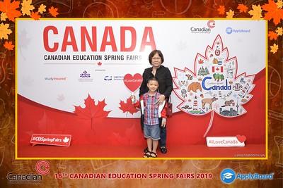 Canadian-Education-Sprint-Fairs-2019-Hanoi-instant-print-photobooth-chup-hinh-in-anh-lay-ngay-su-kien-Tiec-cuoi-WefieBox-photobooth-Vietnam-022