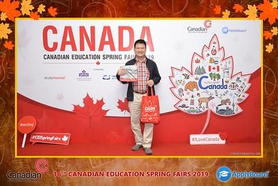 Canadian-Education-Sprint-Fairs-2019-Hanoi-instant-print-photobooth-chup-hinh-in-anh-lay-ngay-su-kien-Tiec-cuoi-WefieBox-photobooth-Vietnam-024