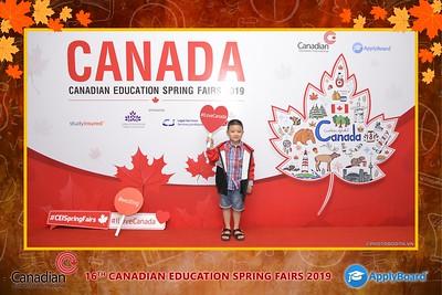 Canadian-Education-Sprint-Fairs-2019-Hanoi-instant-print-photobooth-chup-hinh-in-anh-lay-ngay-su-kien-Tiec-cuoi-WefieBox-photobooth-Vietnam-018
