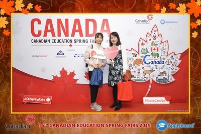 Canadian-Education-Sprint-Fairs-2019-Hanoi-instant-print-photobooth-chup-hinh-in-anh-lay-ngay-su-kien-Tiec-cuoi-WefieBox-photobooth-Vietnam-008