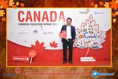 Canadian-Education-Sprint-Fairs-2019-Hanoi-instant-print-photobooth-chup-hinh-in-anh-lay-ngay-su-kien-Tiec-cuoi-WefieBox-photobooth-Vietnam-023