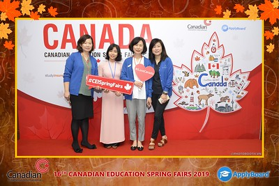 Canadian-Education-Sprint-Fairs-2019-Hanoi-instant-print-photobooth-chup-hinh-in-anh-lay-ngay-su-kien-Tiec-cuoi-WefieBox-photobooth-Vietnam-001