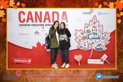 Canadian-Education-Sprint-Fairs-2019-Hanoi-instant-print-photobooth-chup-hinh-in-anh-lay-ngay-su-kien-Tiec-cuoi-WefieBox-photobooth-Vietnam-003