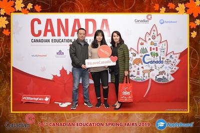 Canadian-Education-Sprint-Fairs-2019-Hanoi-instant-print-photobooth-chup-hinh-in-anh-lay-ngay-su-kien-Tiec-cuoi-WefieBox-photobooth-Vietnam-021