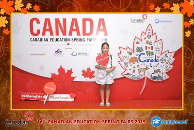 Canadian-Education-Sprint-Fairs-2019-Hanoi-instant-print-photobooth-chup-hinh-in-anh-lay-ngay-su-kien-Tiec-cuoi-WefieBox-photobooth-Vietnam-017