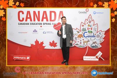 Canadian-Education-Sprint-Fairs-2019-Hanoi-instant-print-photobooth-chup-hinh-in-anh-lay-ngay-su-kien-Tiec-cuoi-WefieBox-photobooth-Vietnam-005
