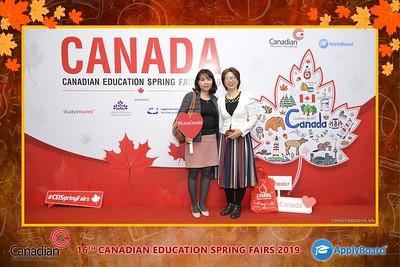 Canadian-Education-Sprint-Fairs-2019-Hanoi-instant-print-photobooth-chup-hinh-in-anh-lay-ngay-su-kien-Tiec-cuoi-WefieBox-photobooth-Vietnam-016