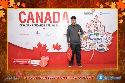 Canadian-Education-Sprint-Fairs-2019-Hanoi-instant-print-photobooth-chup-hinh-in-anh-lay-ngay-su-kien-Tiec-cuoi-WefieBox-photobooth-Vietnam-020