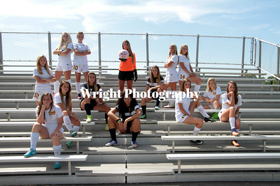 '17 MHS Girl's Soccer-Seniors/Team