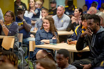 17129-Selection show-2579