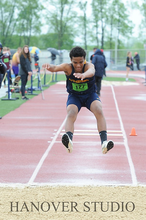 18 DISTRICT TRACK AND FIELD 0365